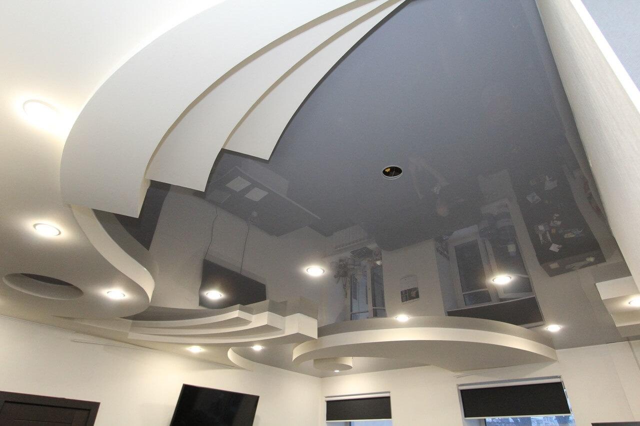 Криволинейный натяжной потолок